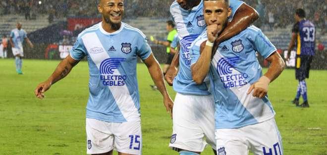 GUAYAQUIL, Ecuador.-  Los 'azules' vencieron 3-1 a Delfín en una reedición del campeonato 2017. Foto: API.
