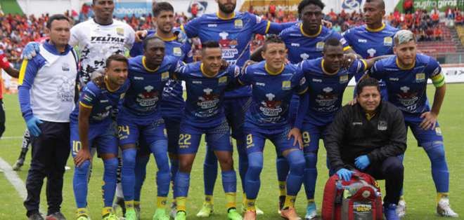 El futbolista ecuatoriano militó la temporada pasada en Delfín e iba a jugar esta en Liga de Quito. Foto: API