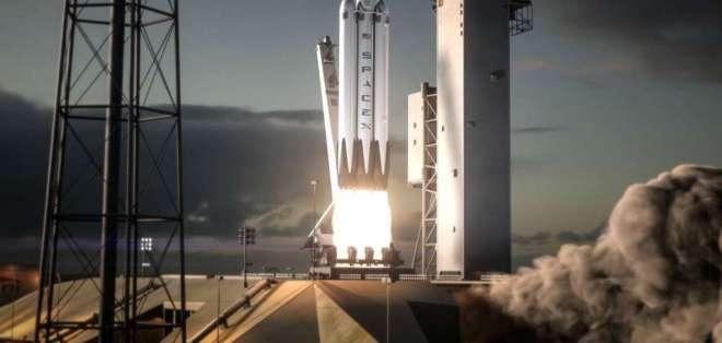 SpaceX listo para lanzamiento de prueba del cohete más poderoso del mundo. Foto: Referencial
