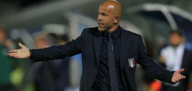 El entrenador italiano estaba a cargo de la sub-21 de su país. Foto: AFP
