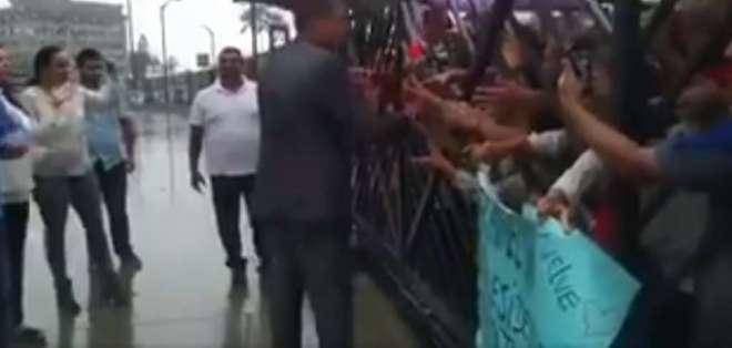 GUAYAQUIL, Ecuador.- Se prevé que el exgobernante arribe el miércoles 7 de enero al país europeo. Foto: Captura Video.