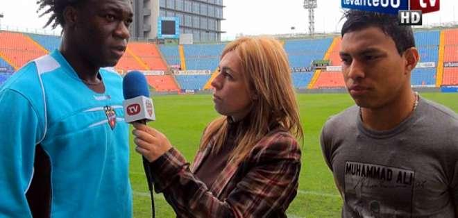 Ambos futbolistas jugaron en el equipo español en el año 2011. Foto: Archivo