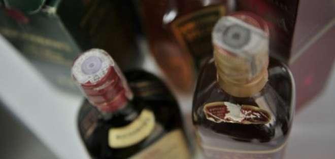 Zona Rosa intervenida por la Policía a raíz de intoxicación con alcohol adulterado. Foto: Referencial