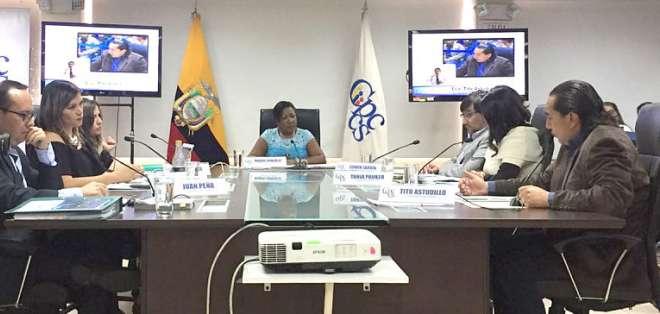 ECUADOR.- En consulta popular, el 63.08% de los ecuatorianos aprobó enmendar la Constitución para reestructura el Consejo de Participación Ciudadana. Foto: Twitter Participación Ciudadana