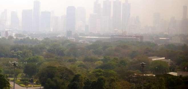Capital tailandesa envuelta en nube de contaminación. Foto: AP