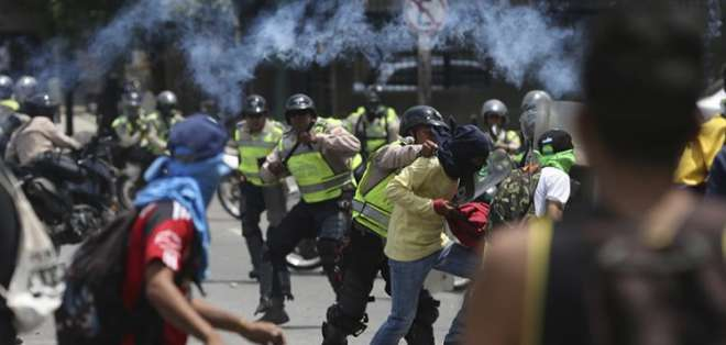 """La CPI anuncia exámenes preliminares por """"presuntos crímenes"""" en Venezuela. Foto: AP - Archivo"""