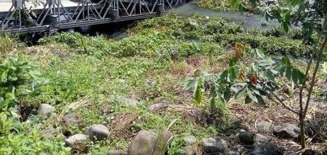 se reportó el colapso de un puente en Zapotillo, provincia de Los Ríos. Foto: Redes