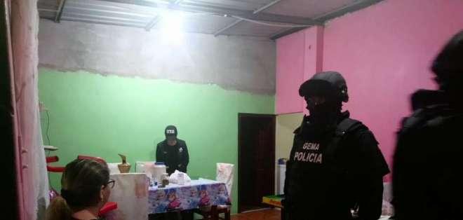 La Fiscalía y la Policía Nacional realizaron distintos operativos esta madrugada. Foto: twitter FGE
