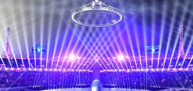 Las dos Coreas lanzan un mensaje de paz en apertura de los Juegos de Pyeongchang. Foto: AFP
