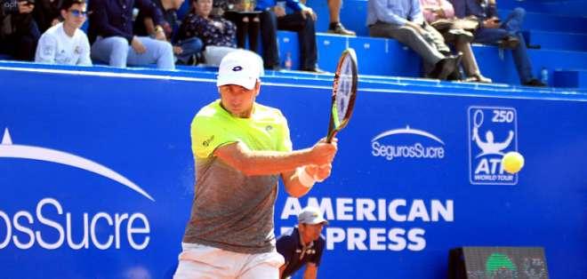 El tenista ecuatoriano cayó en tres sets ante el español Albert Ramos-Viñolas. Foto: API