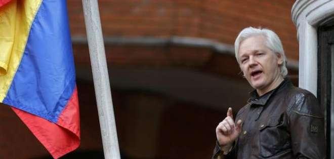 Juez británica mantiene orden de detención internacional contra Julian Assange. Foto: Archivo