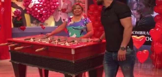 Efraín Ruales también ayudó a Doña Geoco en la interpretación de Cincuenta Sombras de Grey. Foto: capturada de instagram