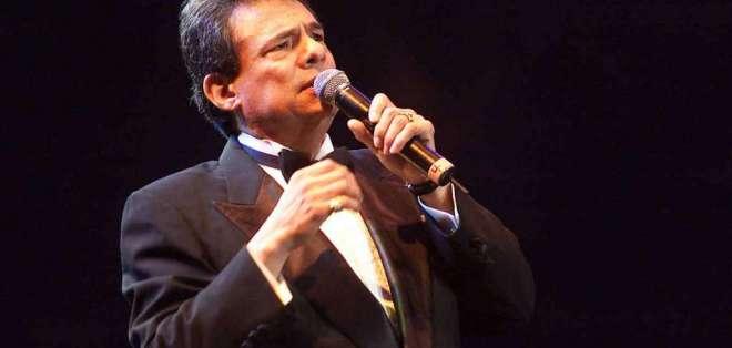 El aclamado 'Principe de la Canción' celebra su cumpleaños aquejado de su salud. Foto: Archivo AFP