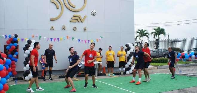 El duelo se dio como parte de las Olimpiadas del programa matutino. Foto: Franklin Navarro