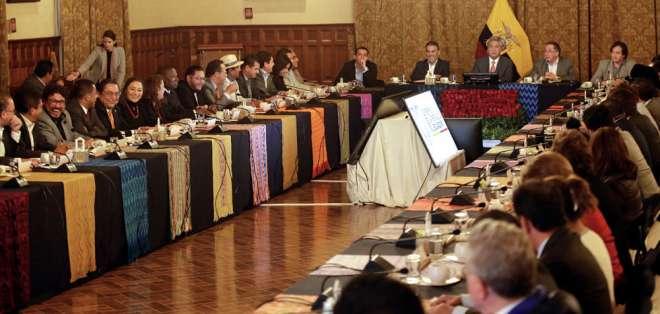 Mandatario se reunió el jueves con legisladores oficialistas en el Palacio de Carondelet. Foto: Secom
