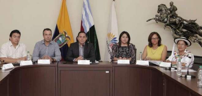 La Comisión Ocasional viajará a Cañar y Azuay para recibir otras propuestas ciudadanas. Foto: Asamblea