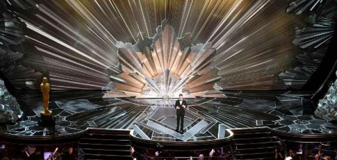 Jimmy Kimmel presentando los Premios Óscar por segundo año consecutivo. Foto: AFP