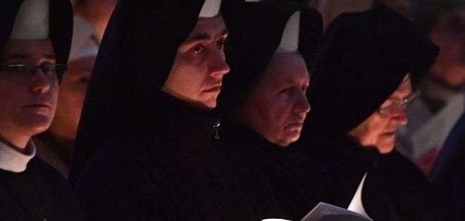 Un artículo del diario oficial del Vaticano revela cómo muchas monjas están sometidas a una vida de servidumbre.