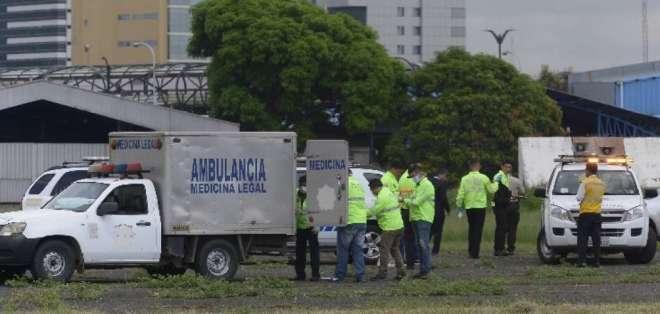GUAYAQUIL, Ecuador.- Las sanciones podrían llegar a sanción económica o a la suspensión del permiso de operación. Foto: Archivo