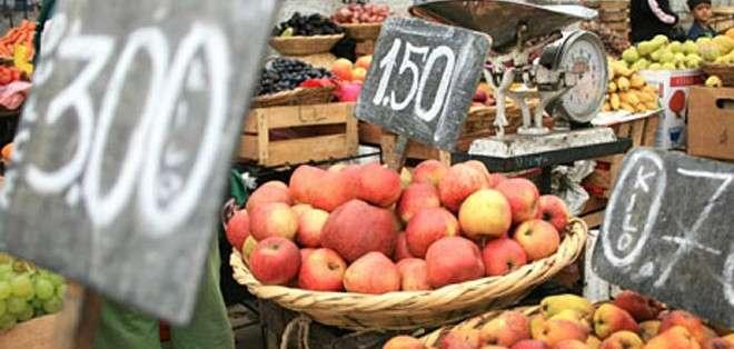 ECUADOR.- Según el INEC, la canasta básica familiar alcanzó los $710 en febrero anterior. Foto: Archivo