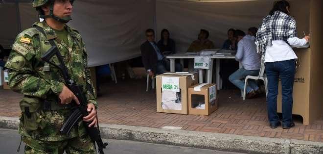 La derecha opuesta al pacto de paz va tras mayoría legislativa. Foto: AFP