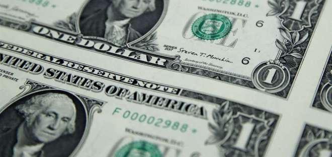 Titular de Finanzas dice que buscarán más fuentes de financiamiento para ya no emitir bonos. Foto referencial / Archivo AP