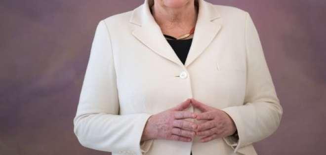 Merkel dirigirá un país sacudido por el ascenso de la extrema derecha. Foto: AFP