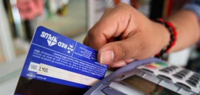 Los establecimientos están habilitados para recibir el pago con cualquier tarjeta. Foto: Referencial