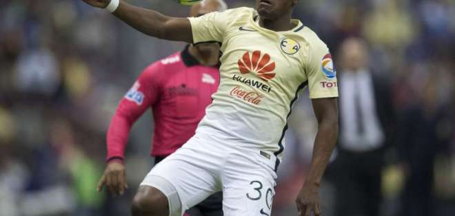El ecuatoriano Renato Ibarra corrió la mitad de la cancha para anotar por el América.