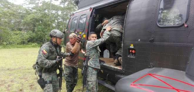 Dos uniformados fallecieron tras enfrentamiento en Mataje, Esmeraldas. Foto: Betsy Carriel