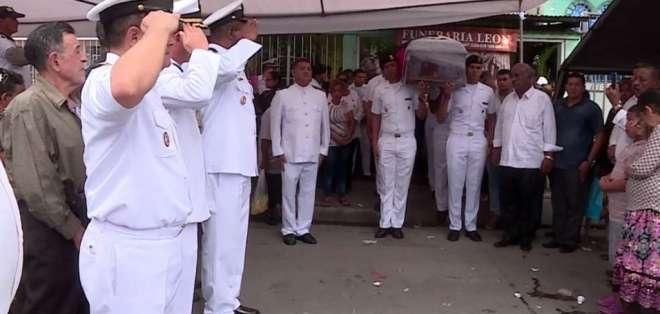 Familiares y amigos despidieron a los caídos por la violencia en la frontera norte. Foto: Captura de video