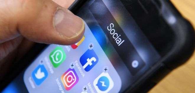 Facebook almacena los registros de llamadas hechas y recibidas en dispositivos con sistema Android, así como mensajes de texto.