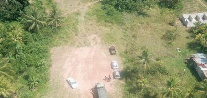 El hallazgo ocurrió en el sector Progreso - Alegría del cantón San Lorenzo. Foto: Twitter FF.AA.