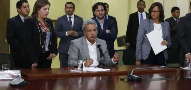 El primer mandatario anunció recompensa de USD 100.000 por alias 'Guacho'. Foto: API