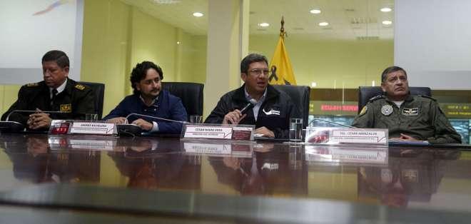 Militares confiscaron armamento antiaéreo en operativos en frontera, según ministro Navas. Foto: API