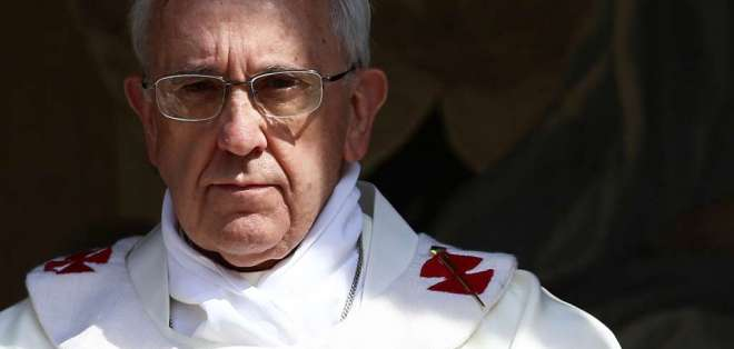 Sumo pontífice emitió un mensaje al finalizar un rezo en Plaza de San Pedro en el Vaticano. Foto: AFP