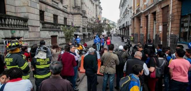 Descartan tres amenazas de bomba en el centro de Quito. Foto: API