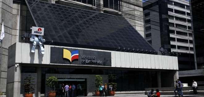 Fusión es parte del plan de optimización del Estado dispuesto por el Ejecutivo. Foto: Archivo / Flickr Andes