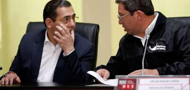 El Secretario de Comunicación informó que el presidente Moreno aceptó sus renuncias. Foto: AFP