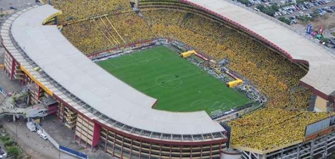 GUAYAQUIL, Ecuador.- El palco bajo oeste del estadio Monumental fue suspendido por la FEF durante dos fechas. Foto: Estadio