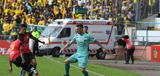 CUENCA, Ecuador.- Damién Díaz jugó como titular en este cotejo, además sirvió para que Dinenno anotara el gol. Foto: twitter