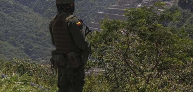 Santos ya ha admitido que no será posible un acuerdo final de paz con el ELN antes del término de su mandato. Foto: AFP