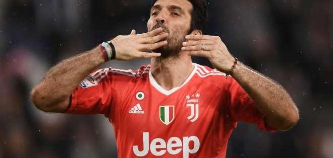 TURÍN, Italia.- Buffon jugó 17 temporadas con la Juventus logrando nueve títulos como campeones. Foto: AFP