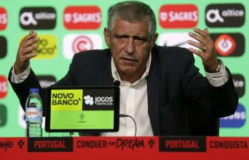El entrenador Fernando Santos aseguró que es difícil dejar fuera a ciertos jugadores. Foto: JOSE MANUEL RIBEIRO / AFP