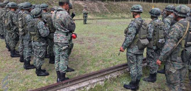 Los ocho soldados permanecen con buen estado de salud. Foto: REFERENCIAL/Ejército del Ecuador