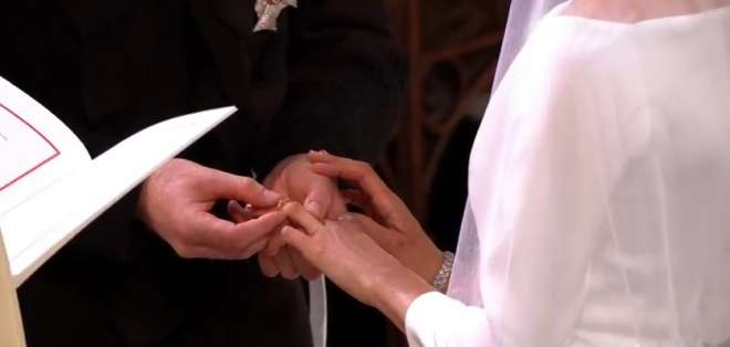 La ceremonia se desarrolló en la iglesia San Jorge de Windsor. Foto: Captura