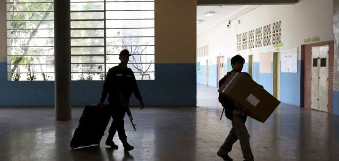 """Los 14 países """"acuerdan reducir el nivel de sus relaciones diplomáticas con Venezuela"""". Foto: AP"""