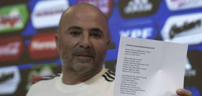 El entrenador Jorge Sampaoli dio una rueda de prensa para anunciar la lista. Foto: JUAN MABROMATA / AFP