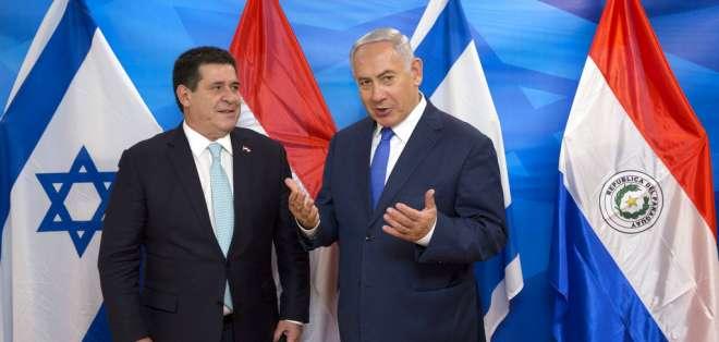 Cartes y el primer ministro israelí Benjamin Netanyahu asistieron al acto. Foto: AP
