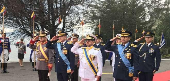 Autoridades llegan a la Cima de la Libertad en honor a la Batalla de Pichincha. Foto: Defensa.ec